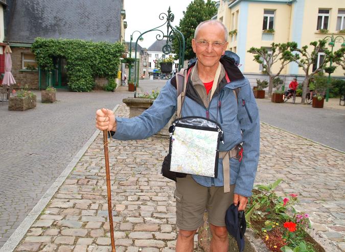 Hommage à Axel Kahn le généticien adepte de la marche