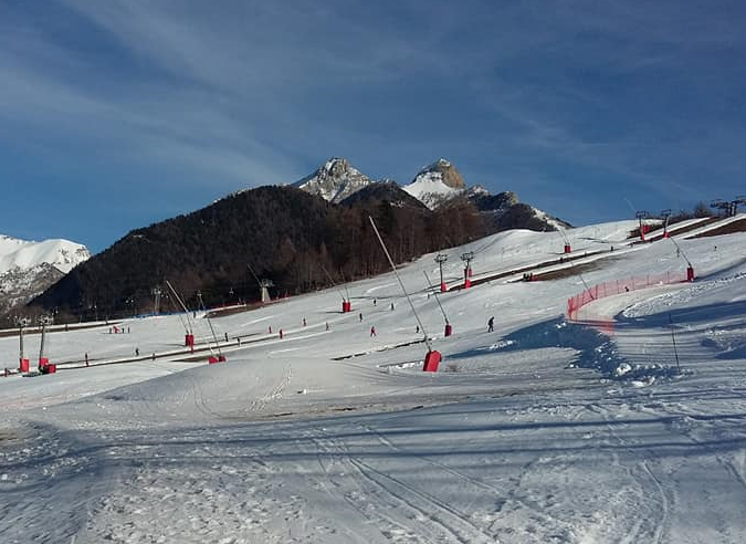 Ski de randonnée sur les pistes : les risques encourus