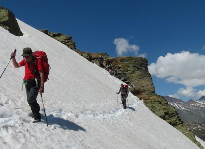 Attention à l'enneigement tardif en montagne