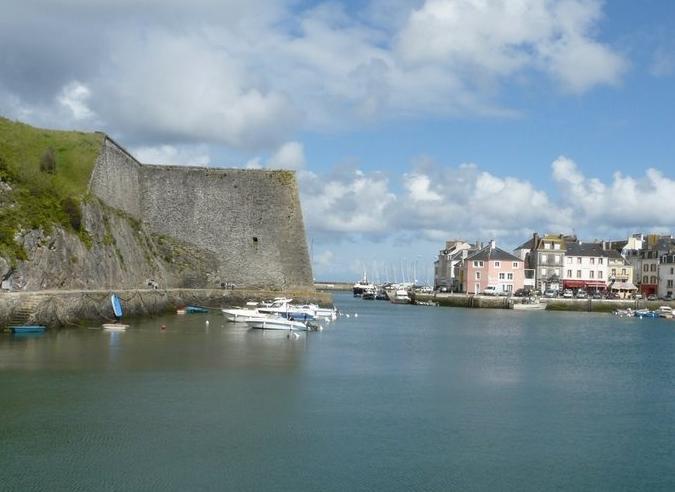 Une liaison régulière à la voile dans le Morbihan